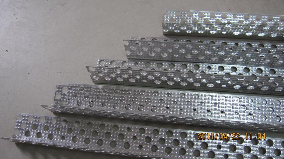轻钢龙骨设备生产型材