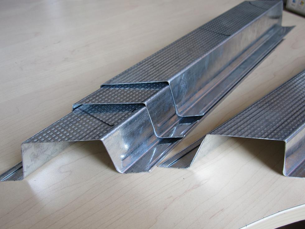 轻钢龙骨设备压纹