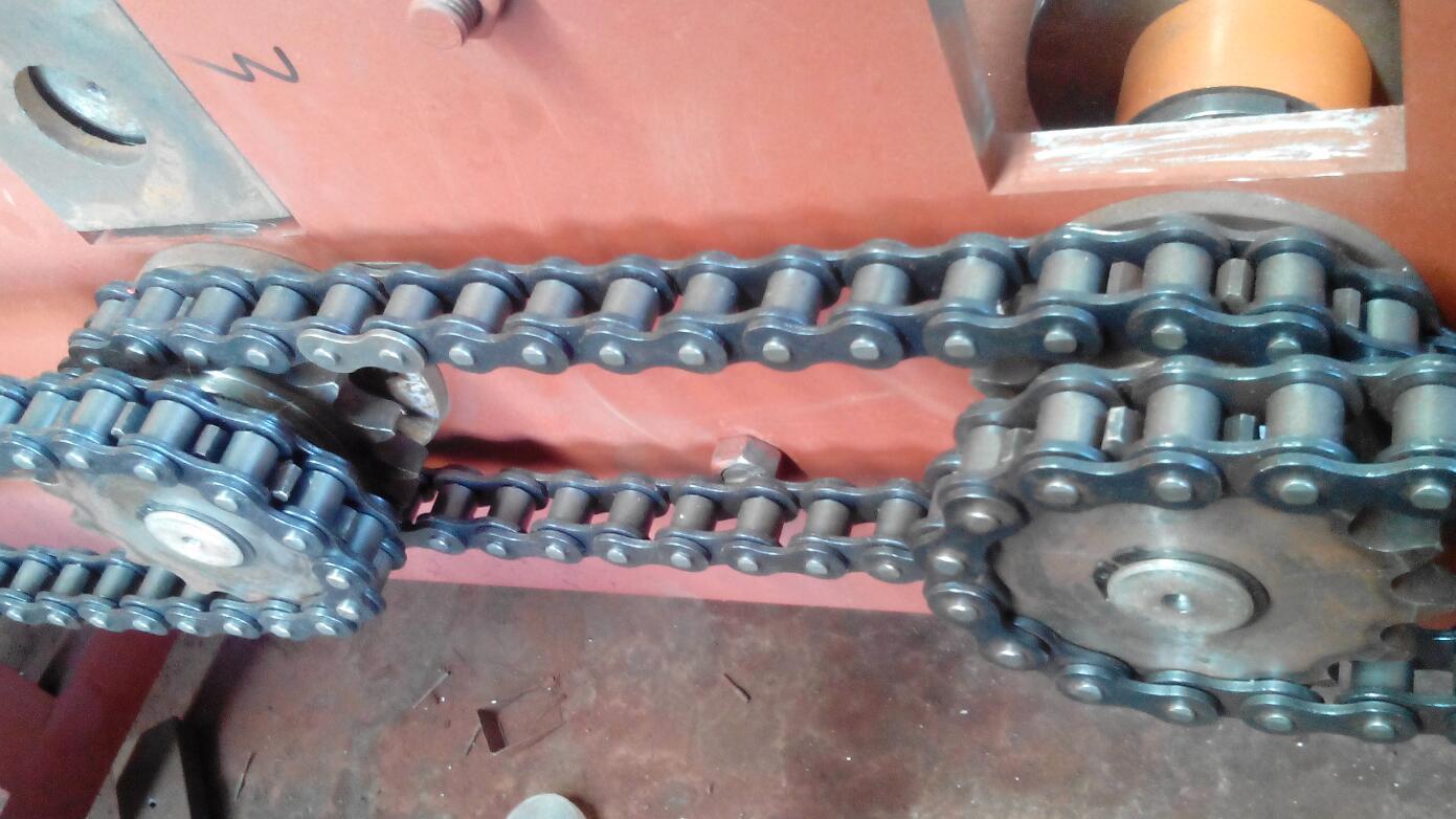 轻钢龙骨机需要添加润滑油的链条